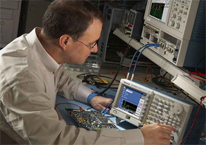 Tektronix AFG3151C (in use)