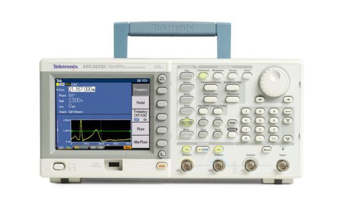 Tektronix AFG3000C (front)