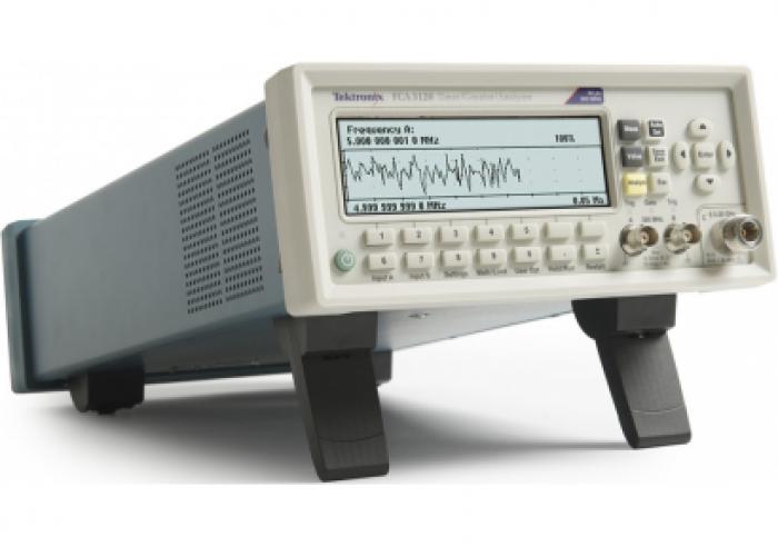 Tektronix FCA3020 (front)